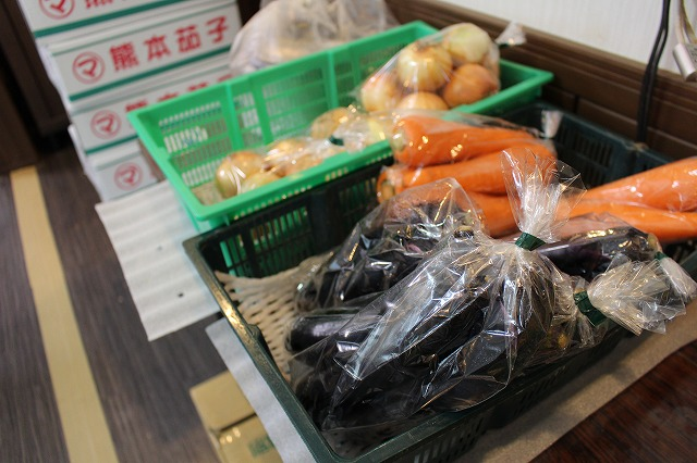 軽作業 野菜袋詰め